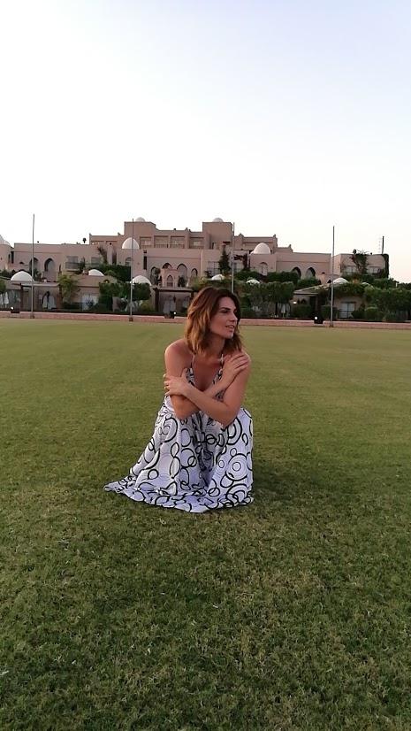 Ellie White vacanta turcia copii last minute resort bilete avion